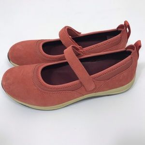 Lands End Mary Jane Walking Shoes Peach Pink